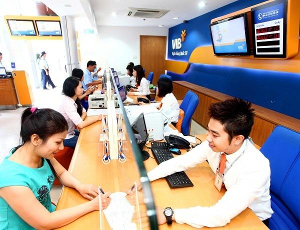 Nhờ có thanh khoản tốt, các ngân hàng có điều kiện để đẩy mạnh cho vay với lãi suất cạnh tranh
