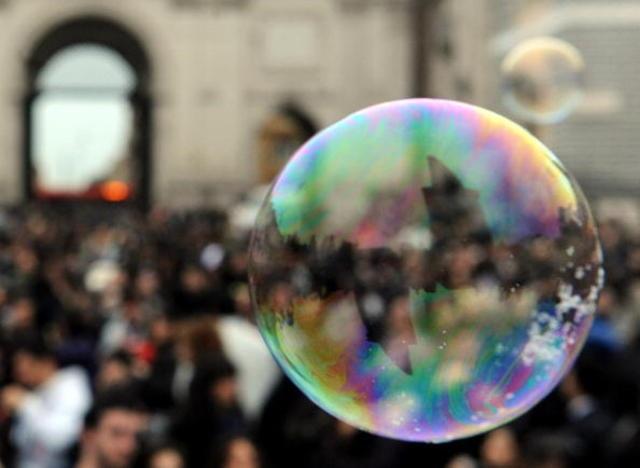 Trong ngắn hạn, TTCK có thể vẫn sẽ tăng nhưng trong trung và dài hạn có rủi ro bong bóng (ảnh minh họa)