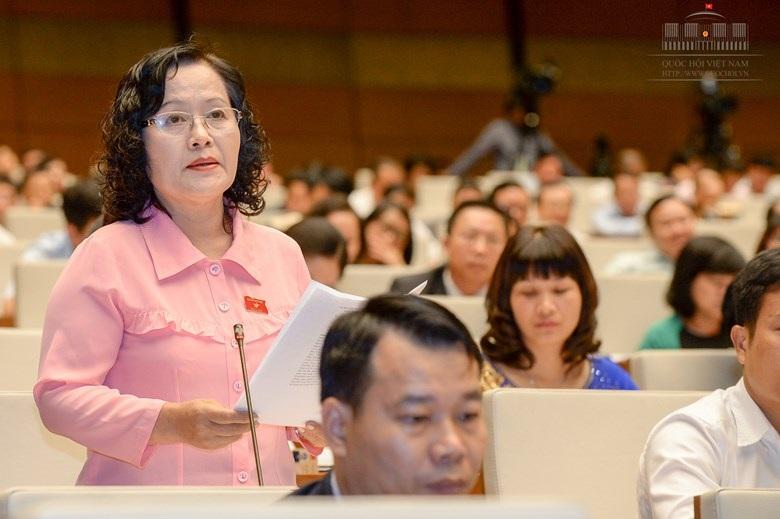Đại biểu Trần Thị Quốc Khánh đề nghị phải có cơ quan công an, cảnh sát kinh tế vào cuộc để xử lý việc không chấp hành nghiêm quy định, pháp luật về ngân sách