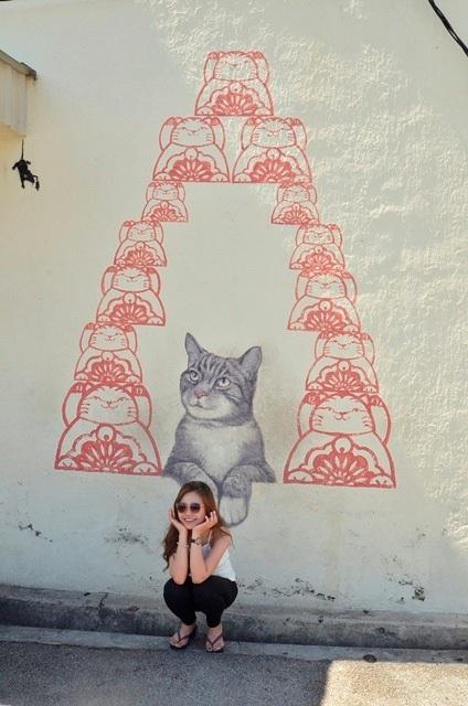 Cho chụp một tấm nha mèo!
