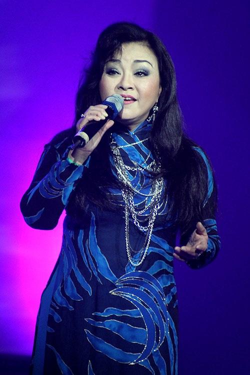 Tiếng hát ngọt ngào Hương Lan.
