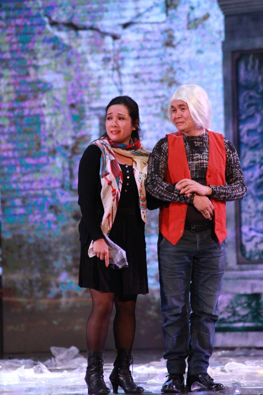 Mặc kệ những tin đồn tình ái, cặp đôi Xuân Hinh - Thanh Thanh Hiền nhiều năm qua vẫn là những gương mặt không thể thiếu đối với khán giả trong các tiểu phầm hài Tết.