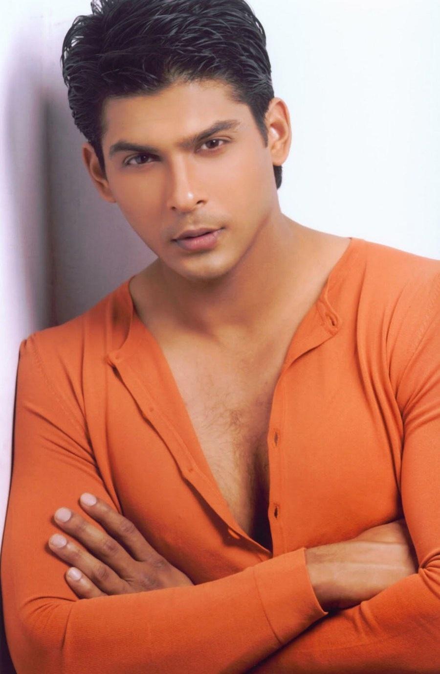 Ở Ấn Độ, Siddharth Shukla được mệnh danh 1 trong những chàng độc thân hot nhất trong làng giải trí. Ảnh: TL.