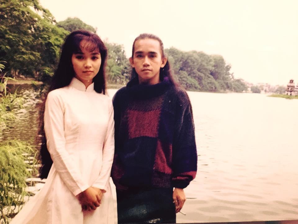 Clip ca nhạc này do Phan Điền làm đạo diễn, lấy bối cảnh chính là các danh thắng Hà Nội như: Hồ Tây, Hồ Gươm, các nhà hàng gần ga Hàng Cỏ…