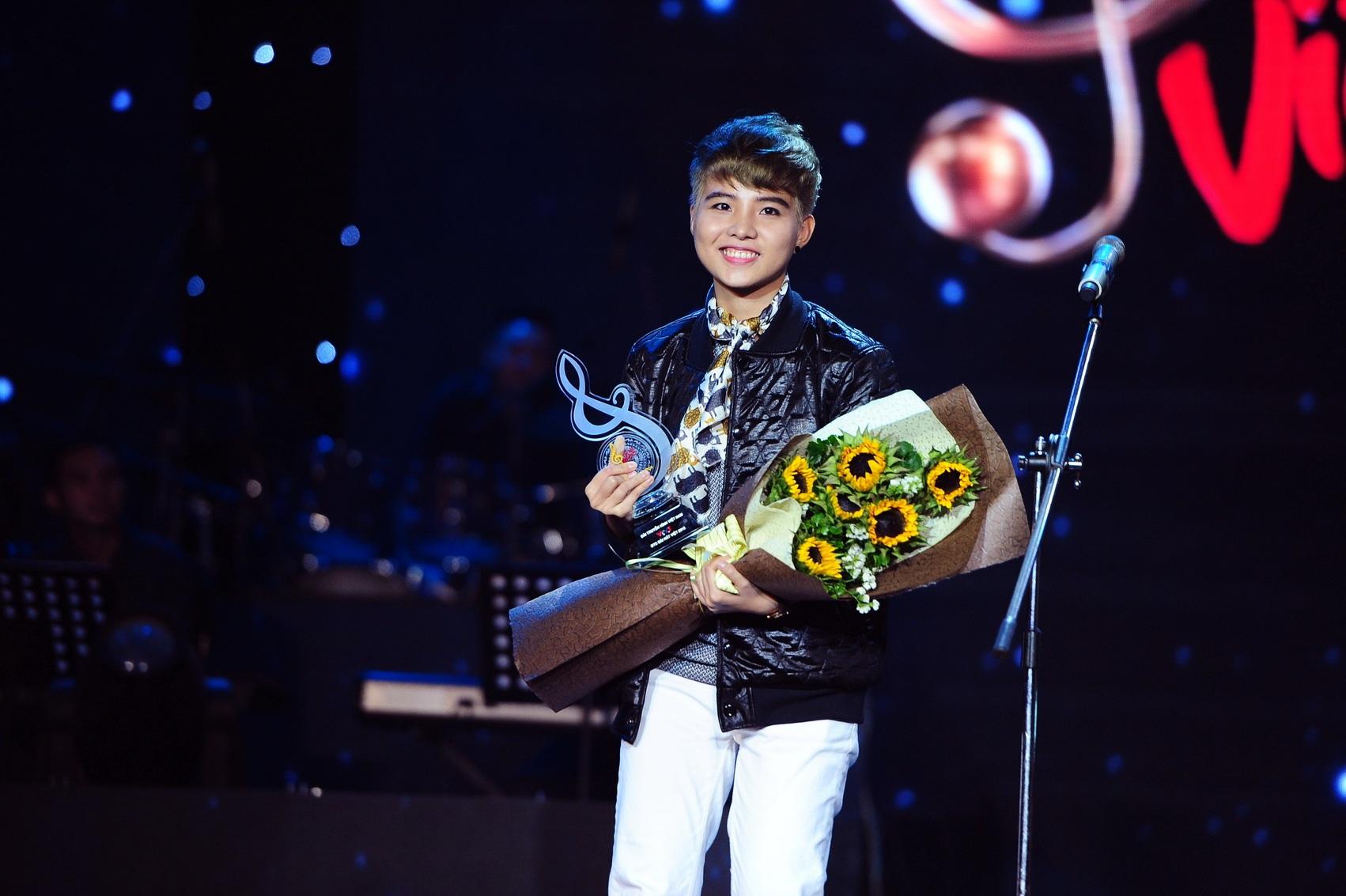 Vũ Cát Tường đang bộc lộ tài năng của một người trẻ trong dòng chaỷ nhạc Việt. Ảnh: CTS.
