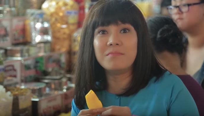 Ăn vặt là sở thích số 1 của Việt Hương.