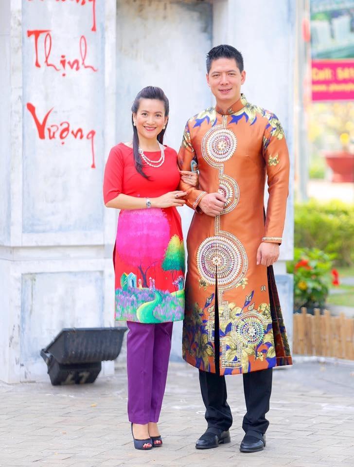 Những hình ảnh hạnh phúc của sao Việt sáng mồng 1 Tết - 4