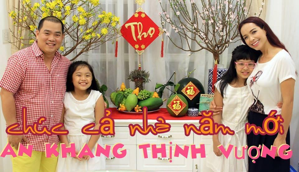 Những hình ảnh hạnh phúc của sao Việt sáng mồng 1 Tết - 6