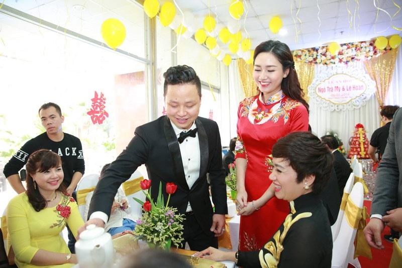Nhiều nguồn tin cho rằng, vì quyết định kết hôn nên Á hậu 1 Hoa hậu Hoàn vũ Việt Nam đã từ chối cơ hội tham gia cuộc thi Hoa hậu Hoàn vũ Thế giới 2016.