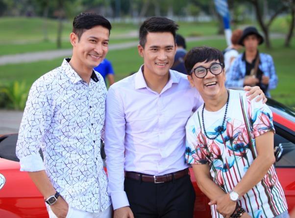 Tại phân cảnh này còn có sự tham gia của các diễn viên như Bình Minh, Huy Khánh, Thành Lộc, Mạc Văn Khoa
