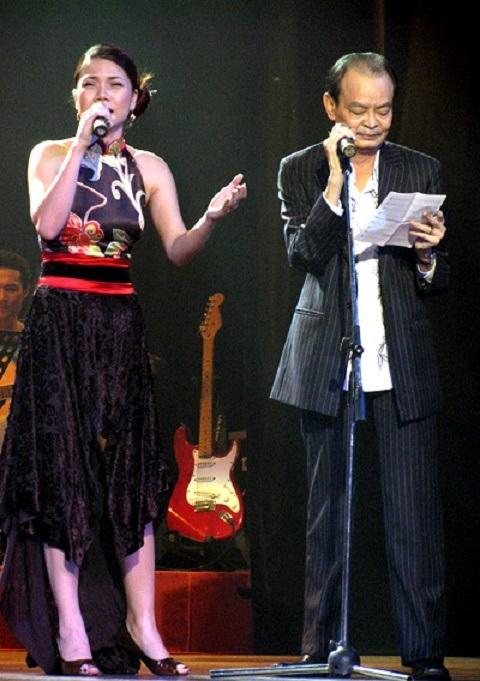 Ca sỹ Mỹ Dung và nhạc sỹ Thanh Tùng trong một đêm nhạc. Ảnh: TL.