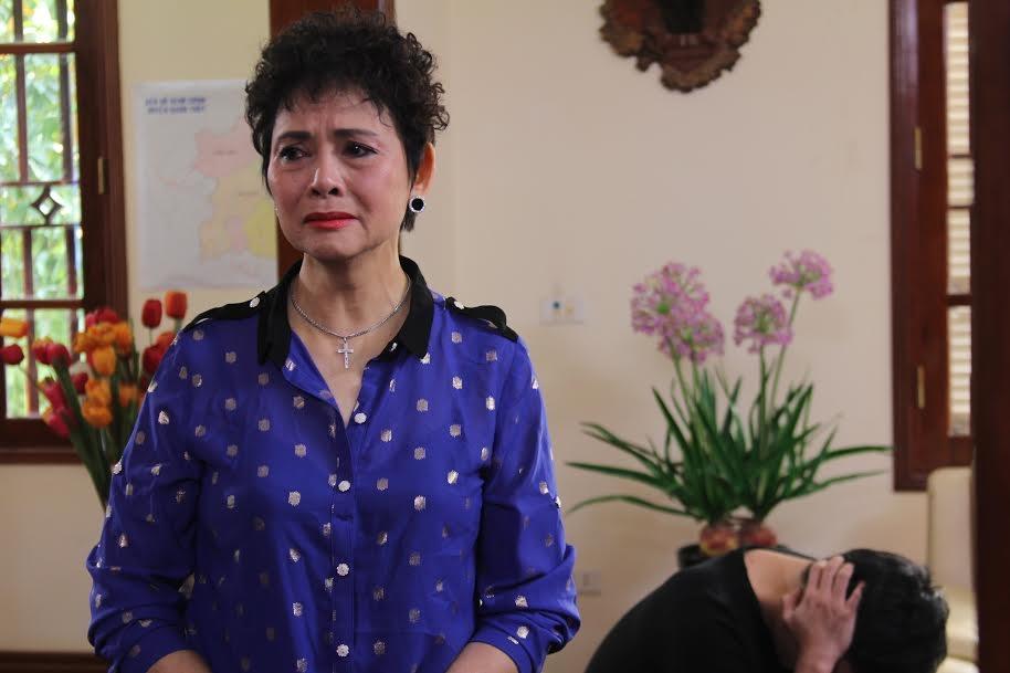 NSND Minh Châu vai bà Ngân trong phim Gia phả của đất. Đây là một vai phản diện đầy sắc sảo, mưu mô và cơ hội. Ảnh: VFC.