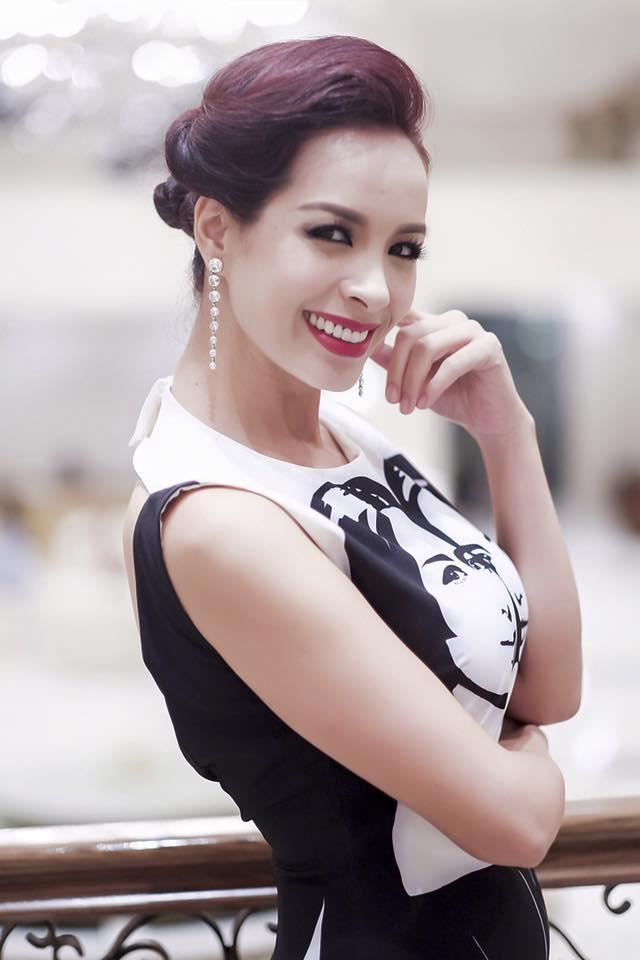 Cựu người mẫu Thuý Hạnh cho rằng, bản thân chị thấy mơ hồ với khái niệm phản cảm trong quy định. Ảnh: TH.