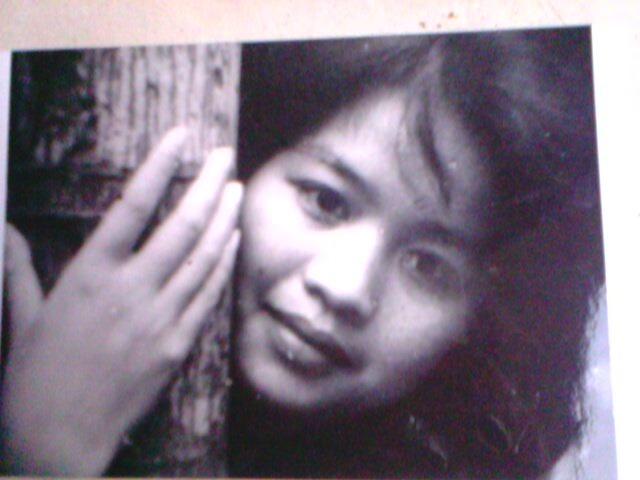 Bà Trần Thị Hồng thời còn là nữ sinh trường Mỹ thuật. Ảnh: HTL.
