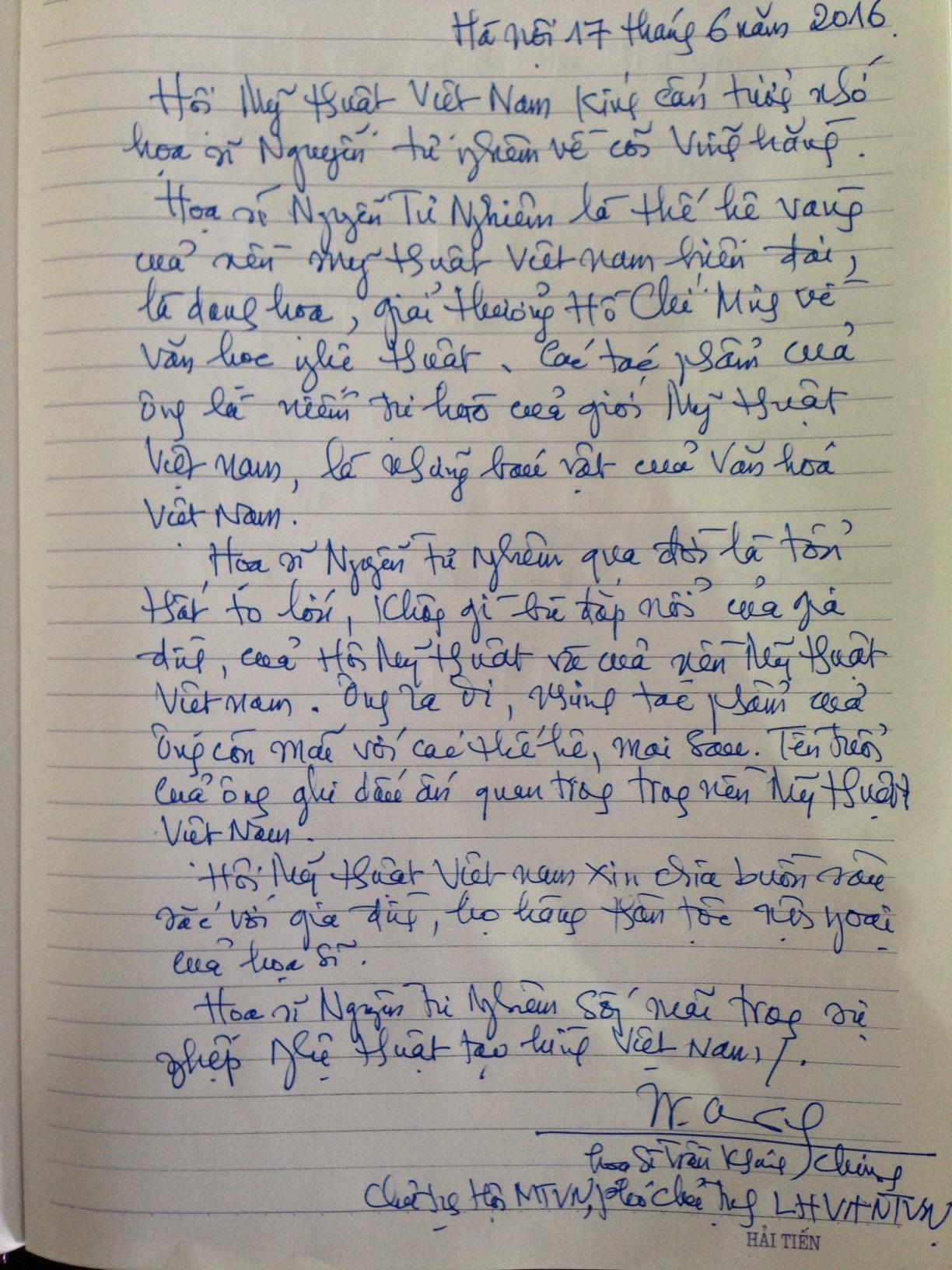 Lưu bút của hoạ sĩ Trần Khánh Chương trong sổ tang. Ảnh: HTL.