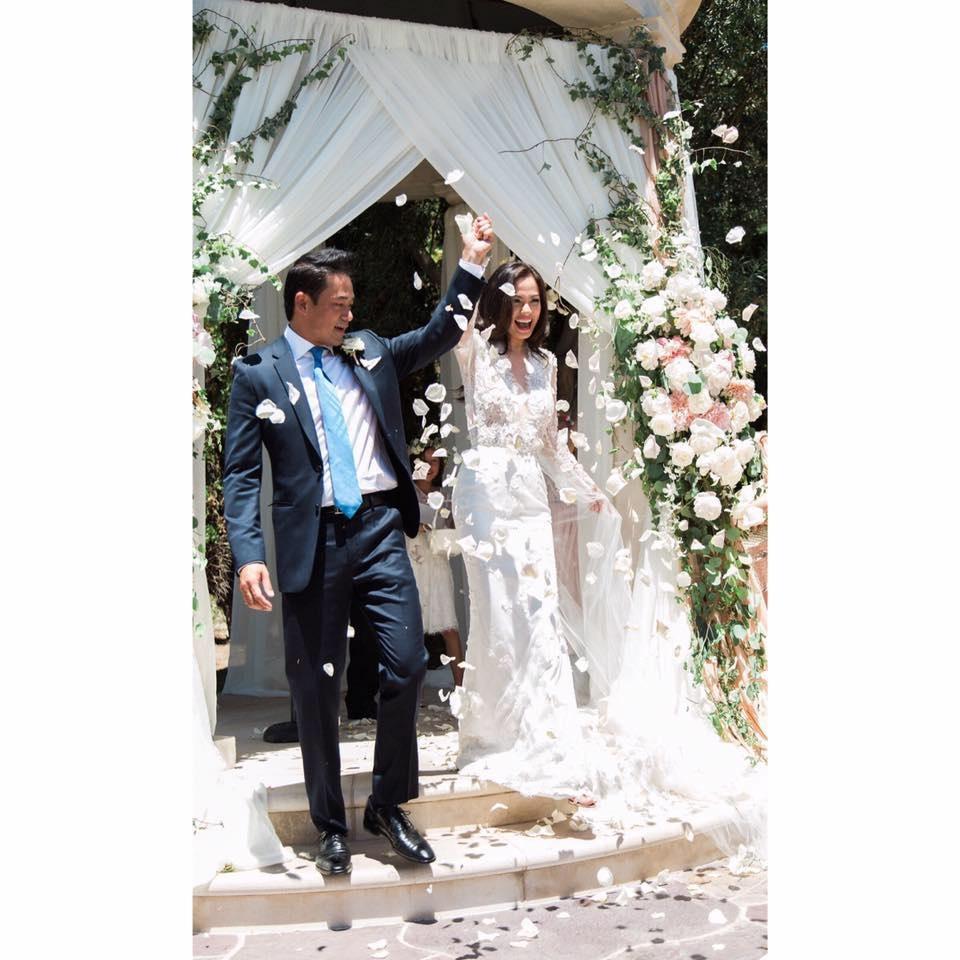 Cựu người mẫu Ngọc Thuý kết hôn với đại gia Đức An vào năm 2006. Tuy nhiên, sau khi sinh được hai con gái thì cặp đôi này đường ai nấy đi. Ngọc Thuý sau đó đã yêu và quyết định sống chung với luật sư Trường.