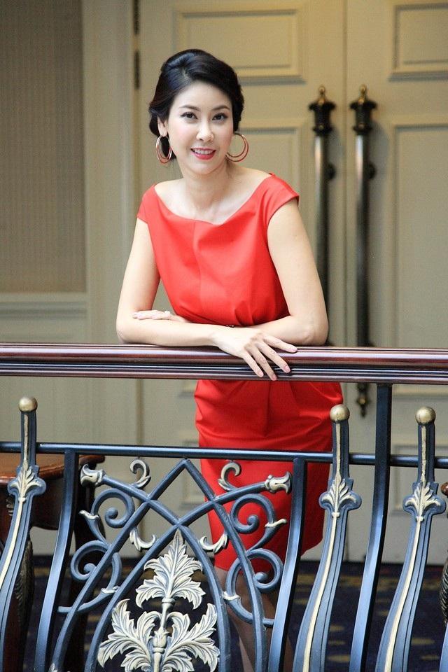 Hoa hậu Việt Nam 1992 lần đầu làm giám khảo một cuộc thi nhan sắc.