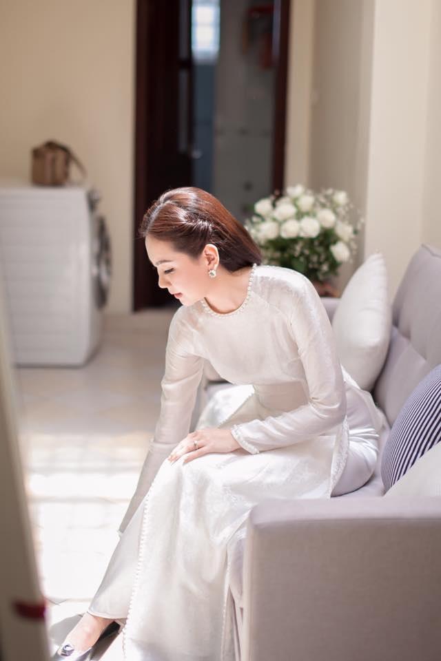 Cách đây không lâu, Mai Ngọc chia sẻ trên Facebook rằng, ngày 2/1/2006 cô nhận được lời tỏ tình và đến 17/5/2016 cô nhận được lời cầu hôn từ bạn trai. Bạn trai cô đã kỳ công chuẩn bị một màn cầu hôn rất lãng mạn trên đất Mỹ.