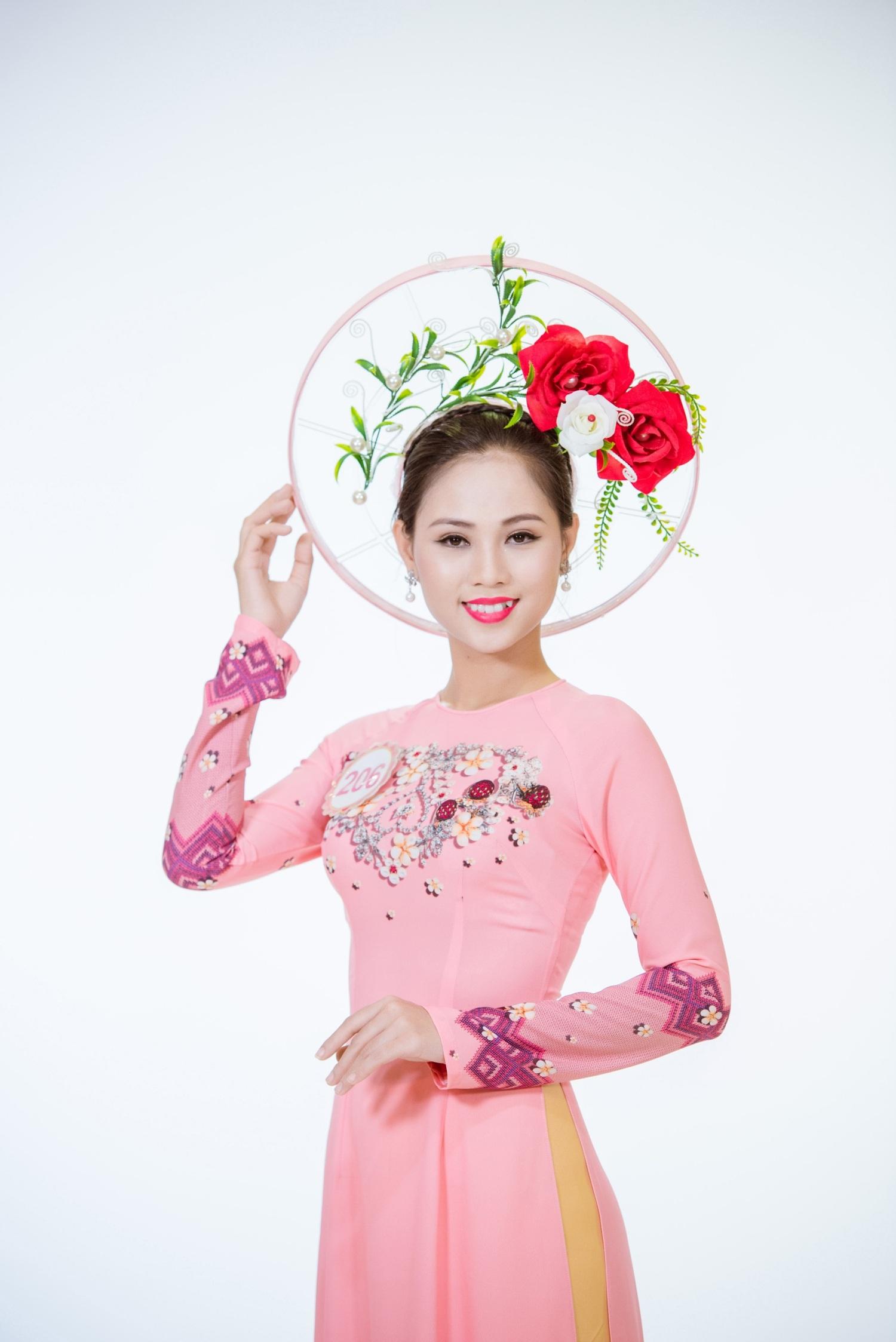 Hoàng Thị Phương Thảo.