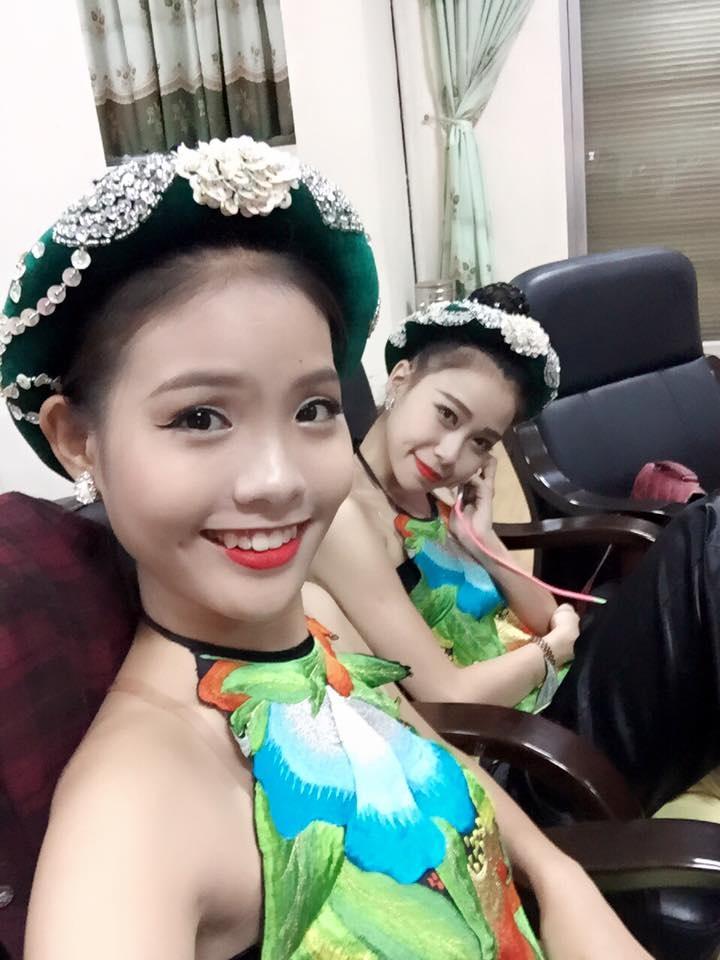 Được biết, Chí Anh quen biết Khánh Linh sau khi đã chia tay Nhã Thi được một thời gian. Chí Anh cũng có dạy Khánh Linh về dancesport.
