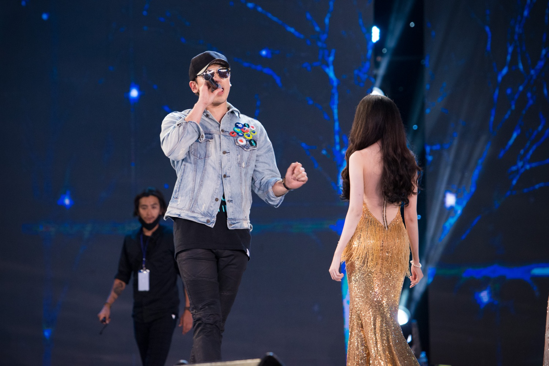 Bi Rain được 30 vệ sĩ bảo vệ khi đến tổng duyệt Hoa hậu Việt Nam 2016 - 6