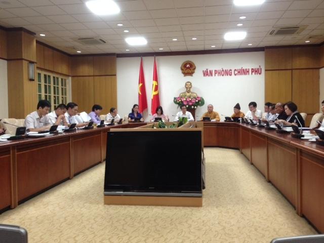 Toàn cảnh buổi làm việc giữa Phó Thủ tướng Vũ Đức Đam với các Bộ Ban Ngành, Giáo Hội Phật giáo Việt Nam và chủ đầu tư dự án xây dựng 2 tuyến cáp mới ở di tích - danh thắng Yên Tử. Ảnh: HTL.