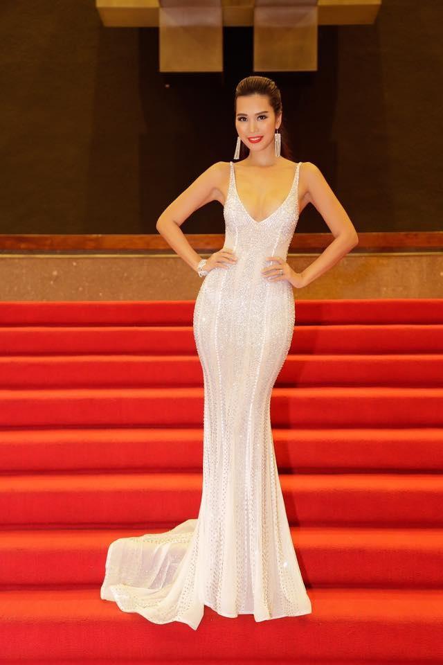 Hà Anh từng vinh dự đảm nhiệm vai trò MC trong cuộc thi sắc đẹp này vào năm 2013 cùng người dẫn chương trình nổi tiếng của Mỹ Rossi Morreale. Đây là lần đầu tiên cuộc thi sắc đẹp Miss Global được tổ chức và Hà Anh là đại diện của Việt Nam cầm trịch dẫn dắt cuộc thi.