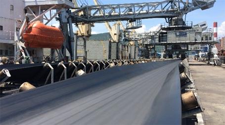 Dây chuyền băng tải nguyên liệu than phục vụ lò đốt của Nhá máy nhiệt điện Vũng Áng 1