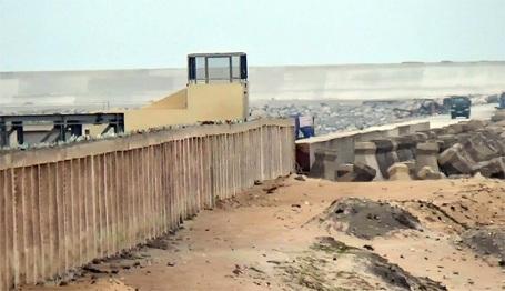 Vị trí được nhiều ngư dân Kỳ Anh khẳng định là chôn đường ống xả thải. Tại đây, đường ống đã được vùi lấp sâu dưới lòng đất.