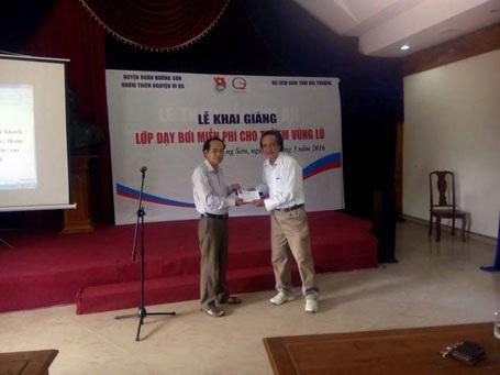 Việc làm tuyệt đẹp của thầy Lê Quốc Châu nhận được nhiều sự chung tay của cộng đồng.