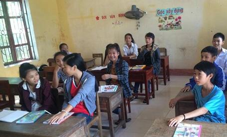 Sau hơn 2 năm nghỉ học giờ được trở lại trường, trên gương mặt các em đều toát lên niềm vui.