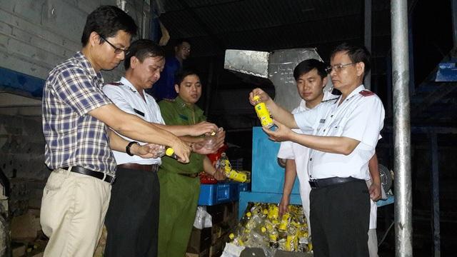 Số nước C2 hương chanh, Rồng đỏ nhiễm chì vượt ngưỡng công bố đã được bán ra thị trường, không có khả năng thu hồi có giá trị đến 3,875 tỷ đồng.