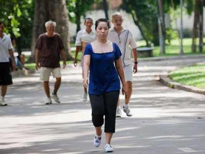 Đến 30% người Việt còn lười vận động, trong khi đó vận động mỗi ngày sẽ giảm nguy cơ mắc bệnh tim mạch, đái đường, huyết áp... Ảnh: Internet