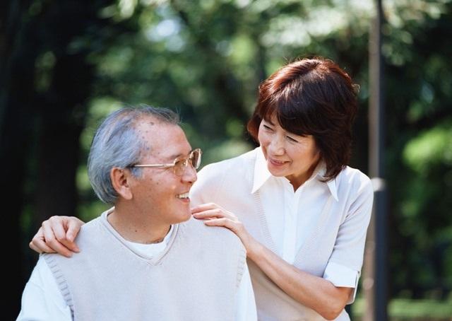 Bí quyết chăm sóc người cao tuổi chống loét tì đè - 2