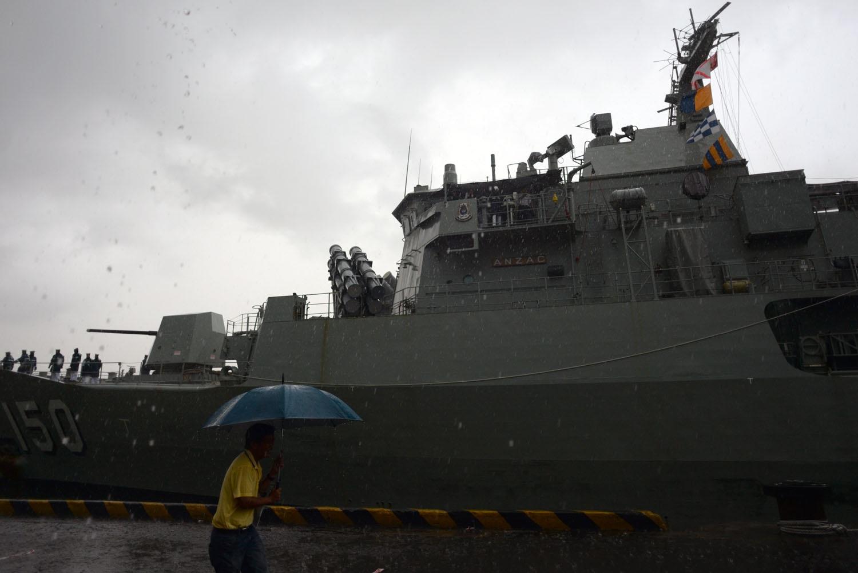 Do gặp phải mưa lớn nên tàu gặp nhiều khó khăn và mất nhiều thời gian cập bến