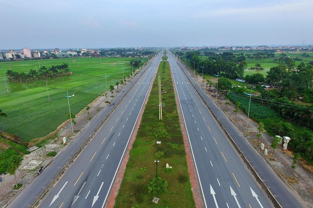 Đường dự kiến đặt tên là Hoàng Sa bắt đầu từ ngã tư giao cắt với đường Võ Văn Kiệt (đối diện Khu công nghiệp Thăng Long, xã Kim Chung, huyện Đông Anh) đến ngã tư chân cầu vượt đường Võ Nguyên Giáp.