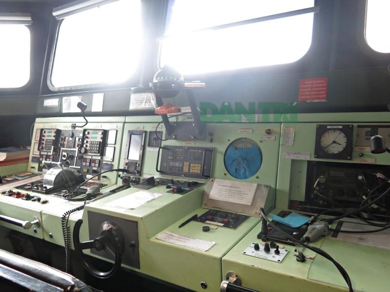 Hệ thống điều khiển các thiết bị trên tàu