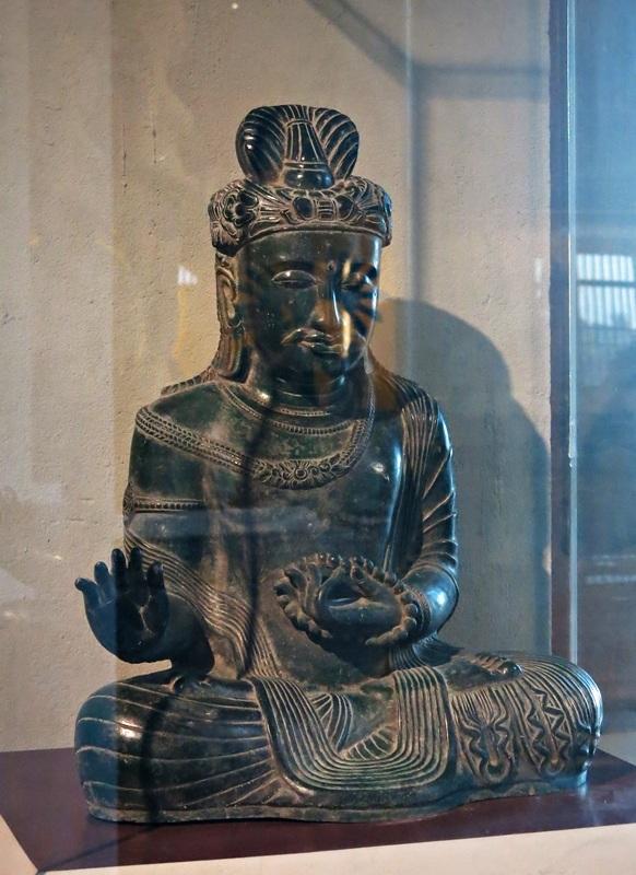 Chiêm ngưỡng tinh hoa cổ vật Phật giáo ở Đà Nẵng - 8