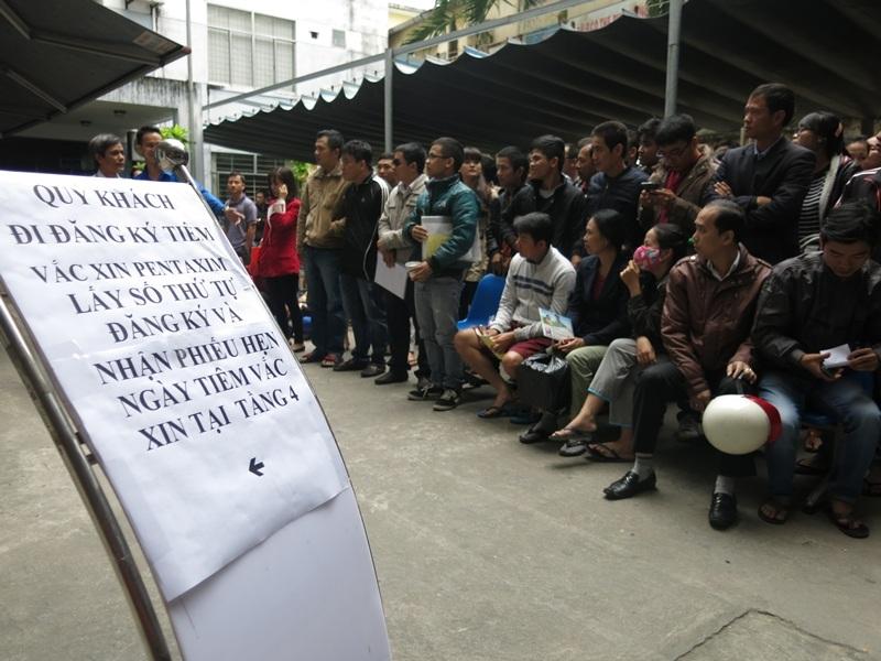 Đà Nẵng: Hết sạch 600 liều vắc xin dịch vụ Pentaxim sau ít phút - 4