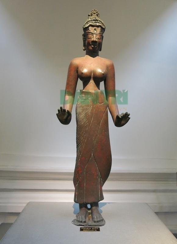 Tượng Bồ tát Tara
