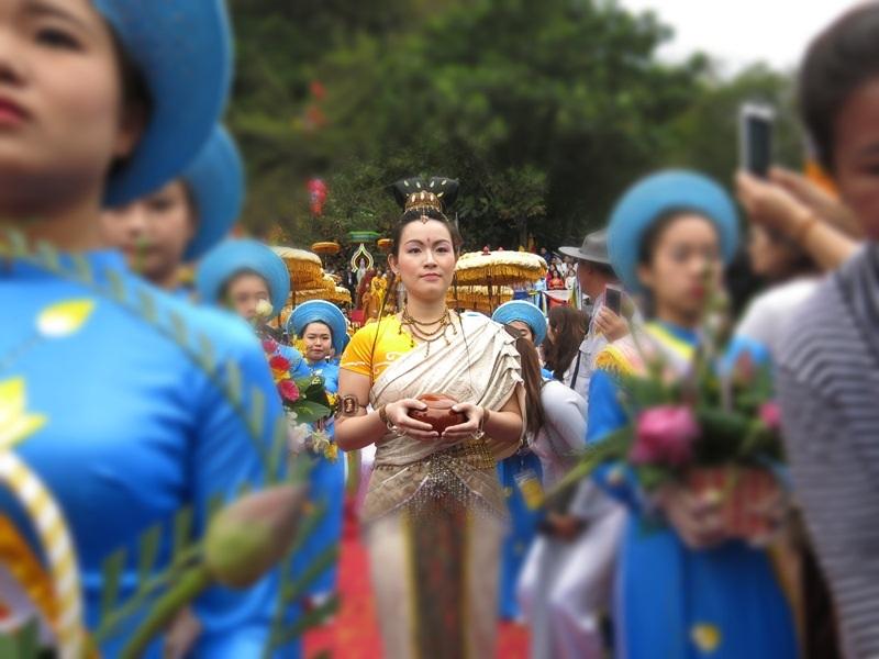 Rộn ràng lễ hội Quán Thế Âm - 6