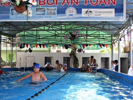 Ngành GD Đà Nẵng tăng cường giải pháp phát động phong trào dạy học bơi phòng đuối nước cho học sinh