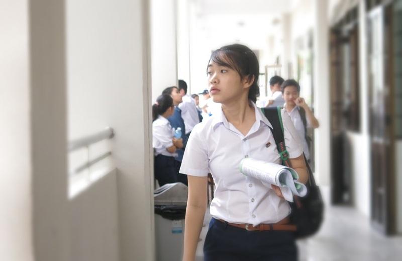 Gần 11 nghìn sĩ tử tuổi teen Đà Nẵng vừa bước vào buổi đầu kỳ thi vào lớp 10 sáng nay 8/6