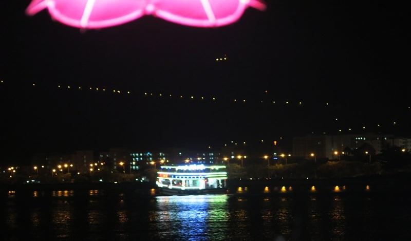 Tàu du lịch trên sông Hàn hoạt động trở lại sau 10 ngày tạm dừng - 5