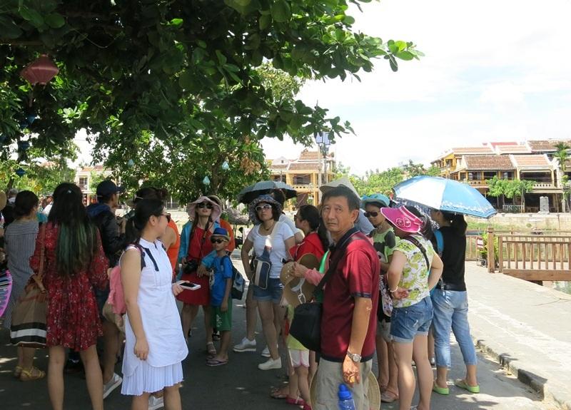 Lượng khách Trung Quốc đến Hội An nói riêng và Quảng Nam nói chung liên tục tăng trong vài năm trở lại đây