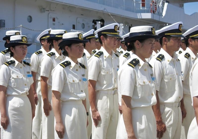 Cùng tàu Kojima đến Đà Nẵng lần này có hơn 90 thủy thủ và thực tập sinh của Lực lượng Bảo vệ bờ biển Nhật Bản