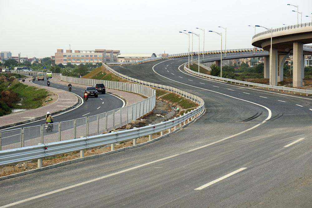 Toàn tuyến cao tốc dài 105,837km, đi qua các tỉnh thành phố: Hà Nội, Hưng Yên, Hải Dương và Hải Phòng.
