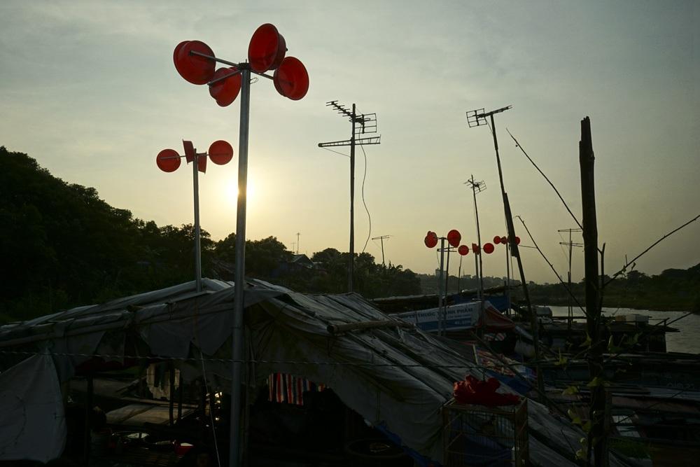 Hiện tại dự án điện gió này mới chỉ lắp thí điểm ở 10 thuyền ở bến sông Hồng, sau đó sẽ được đánh giá hiệu quả, nếu tốt sẽ triển khai nhân rộng tại nhiều địa phương khác.