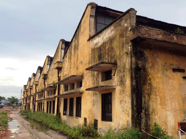 Những căn nhà xưởng đã ố màu thời gian sẽ được thay thế bằng những nhà xưởng hiện đại.