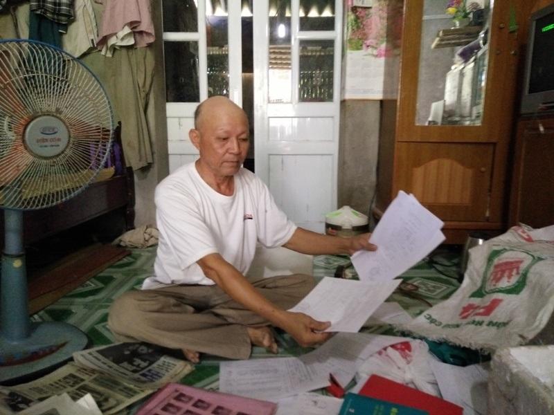 Ông Vũ Hữu Nghị trình bày sự việc về xã Yên Thắng bán đất trái thẩm quyền